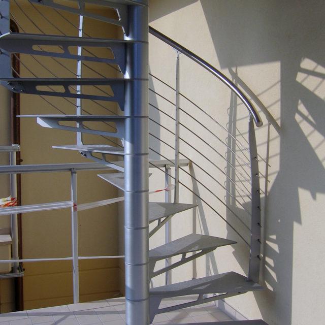Spiral Staircase In Aluminum (Imm.Vetretta)
